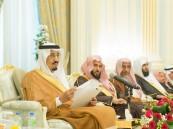 الملك سلمان: الدولة تكفل حرية التعبير.. ولا فرق بين مواطن وآخر ولا منطقة وأخرى