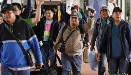 """دراسة تُطالب بفرض رسوم جديدة على """"العمال الأجانب"""" وزيادة """"تكلفة توظيفهم"""""""