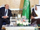 """""""هادي"""": مؤتمر الرياض أساس لأي حوار قادم.. والمبعوث الأممي يدعو لتمديد الهدنة 5 أيام"""