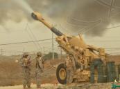 قصف مدفعي عنيف يستهدف تجمعات للحوثيين قرب الحدود السعودية