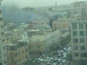 """""""المدني"""" يباشر حريقاً في المنطقة المركزية بالدمام"""