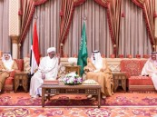 بالصور .. خادم الحرمين يستقبل الرئيس السوداني ويقيم مأدبة غداء تكريماً له