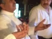 """شاهد.. """"الزيِّ السعودي""""يمنع مواطن من دخول مطعم """"بمصر"""".. والجهات المصرية تحقق"""