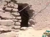 """فيديو يكشف أين وكيف اختبأ """"الحوثيون"""" من غارات التحالف"""
