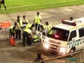 بالفيديو.. مدافع نيجيري يفاجئ الجميع ويسقط ميتاً أثناء المباراة