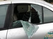 سرق نظارة زجاجية من سيارة وترك ورقة سيندم عليها طوال عمره