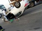 """بالصور.. نجاة 5 أشخاص من موت محقق على طريق """"الأحساء – الدمام"""""""