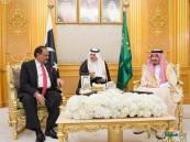 """خادم الحرمين يستقبل الرئيس الباكستاني.. و""""ممنون"""" يؤكد: جيشنا مستعد لحماية حدود السعودية"""