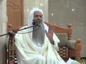 """الشيخ الحواشي يتم الختمة الأولى من """"القرآن"""" بعد ثالث صلاة تراويح في رمضان"""