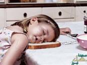 بالصور.. أطرف لقطات للأطفال أثناء نومهم