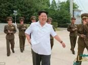 بالصور.. تصرفات زعيم كوريا الشمالية تثير موجة ضحك وسط ضباط الجيش