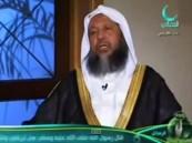"""""""السكري"""" ينقل الشيخ محمد أيوب من المسجد النبوي إلى المستشفى"""