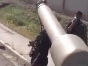 """""""الحشد الشعبي"""" يُعدم سعوديًا على دبابه ويسير به في الشوارع"""
