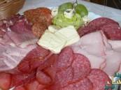 المقليات واللحوم المقددة تزيد خطر الإصابة بأمراض القلب