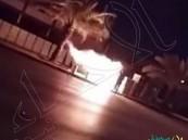 """شاهد… مجهول يشعل النار في إحدى كاميرات """"ساهر"""" ويلوذ بالفرار"""