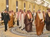بالصور.. نائب الملك يستقبل الأمراء والمسؤولين والمواطنين في قصر السلام بجدة