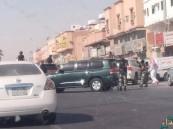 القوات الأمنية تطوق أحد أحياء #الدمام بحثاً عن مطلوبين