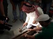 """بالصور.. أمانة #الأحساء تكشف السر وراء احتلال """"القوارض"""" لمتجر """"بندة""""!!"""