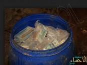 بالصور.. فلاح يعثر على 600 مليون دولار داخل مزرعته !