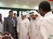 """مستشفى """"الملك عبدالعزيز"""" يوعي بالسكتة الدماغية.. ويُقلد موظف السنة لقبه الجديد"""
