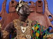 ملك يسلّم نفسه لتنفيذ حكم صادر ضده بالسجن 12 عامًا