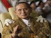 """السجن 32 عاماً بسبب """"لايك"""" في """"فيسبوك"""" على صورة ملك تايلاند !"""