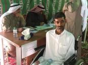 """بالصور… """"عدنان"""" يُدلي بصوته رغم الإعاقة"""