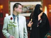 العمل: أبناء السعوديات المتزوجات بأجانب يتمتعون بمزايا المواطن