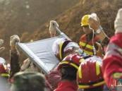 انتشال شاب حياً بعد 67 ساعة من دفنه في الطين !