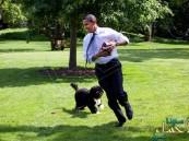 السطات الأمريكية تلقي القبض على ابن كندي ومارلين مونرو لخطف كلب أوباما!