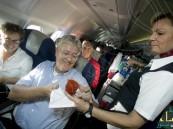 ما سر إقبال ركاب الطائرات على عصير الطماطم ؟!