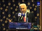 """بالفيديو.. النسور يحذر الأردنيين من تفاقم آفة  """"البوس"""""""
