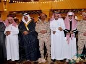 """وزير الحرس الوطني يُصلي على شهداء الوطن """"الشهري والطوب"""""""