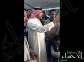 """بالفيديو … سفير المملكة بالأردن للاجئين السوريين """"أنتم الضيوف ونحن الخدم"""""""