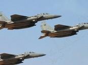 التحالف العربي يقصف مواقع للقاعدة والحوثيين