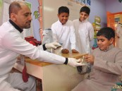 """ابتدائية الرميلة تنفذ برامج صحية للطلاب و المعلمين بالتعاون مع """"صحة"""" العمران"""