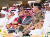 خادم الحرمين يودع قادة الدول المشاركة في رعد الشمال