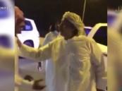 بالفيديو … الإفراج عن الشاعر محمد بن ذيب