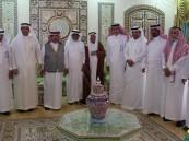 """بالصور.. وجهاء #الأحساء يجتمعون احتفاءً بترقية """"النعيم"""" وكيلاً لوزارة العمل"""