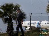 راكب سعودي على متن الطائرة المصرية المختطفة يروي تفاصيل مثيرة عن الواقعة
