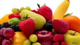 دراسة: حسّن حالتك النفسية بتناول الخضروات والفاكهة