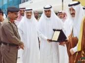 """بالصورة .. محافظ #الأحساء يُكرم """"اليوسف"""" صاحب مبادرة #توظيف_السعودية"""