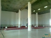 """بالصور.. الأوقاف تفتح أبواب مسجد العقير لأول مرة في صلاة """"جمعة"""" الغد"""