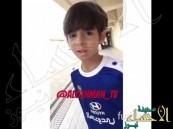 شاهد .. ابن إلتون لاعب #الفتح يتحدث العربية ويصلي مع أصدقائه السعوديين