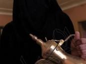 """سعوديات يتجهن للعمل كـ""""صبابات قهوة"""" والعائد 300 ريال يومياً !!"""