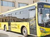 """""""المرور"""": تطبيق غرامة الـ 6 آلاف ريال لمن يتجاوز الحافلة المدرسية"""