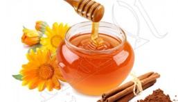 """""""العسل"""".. سلاح طبيعي يقضي على الهالات السوداء"""