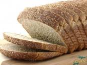 استشاري تغذية ينصح بتناول الخبز الأسمر لخسارة الوزن في رمضان
