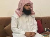 بالفيديو.. رجل أعمال ينقل سديس مسجد #الأفلاج إلى #الإمارات
