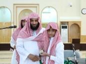بالصور.. الدورة القرآنية بجامع المقهوي تكرم 24 طالبا متميزاً